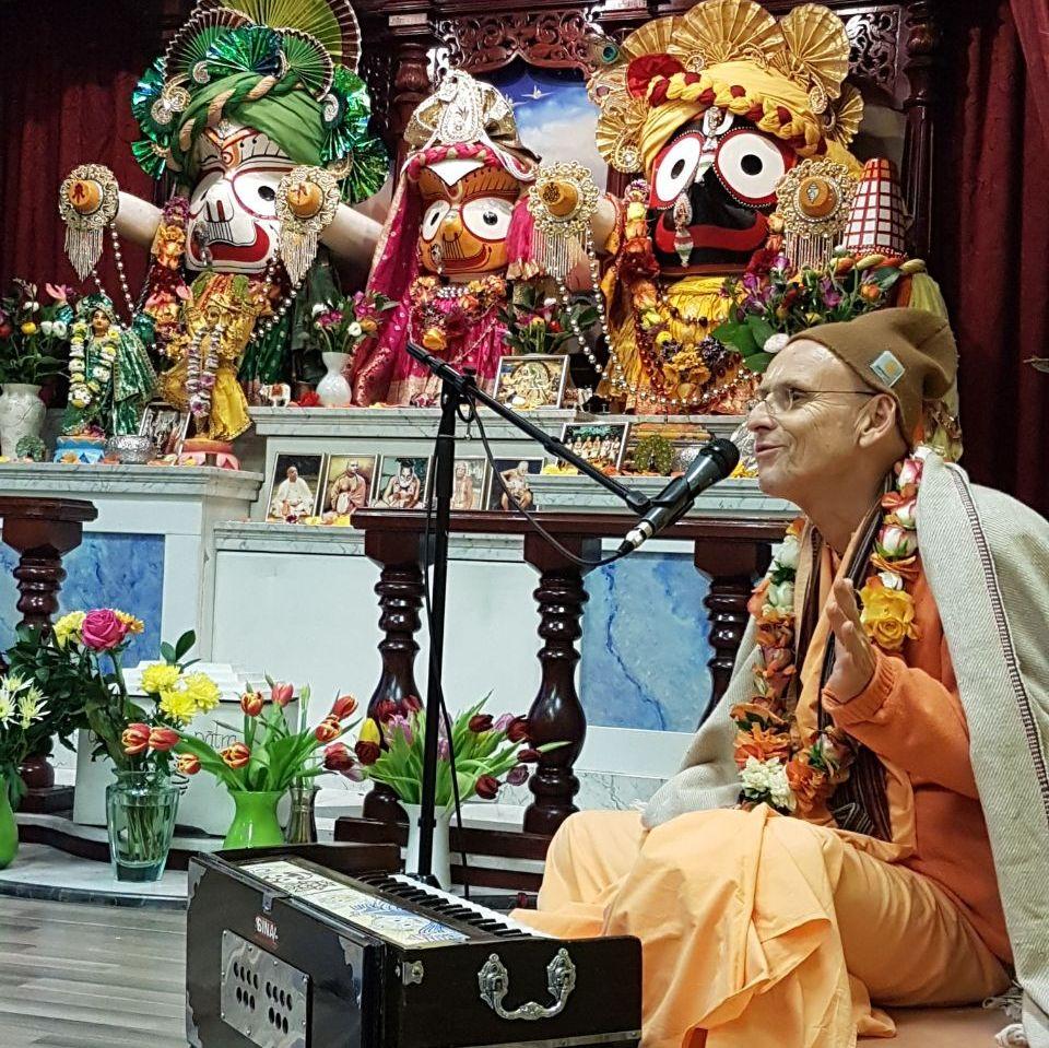 Eine innere Beziehung zu Vrindavan ist eine der Hauptsachen