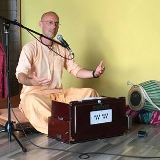 What is pure bhakti?