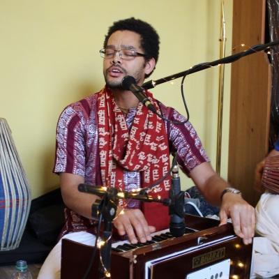Kirtan Ramanaji